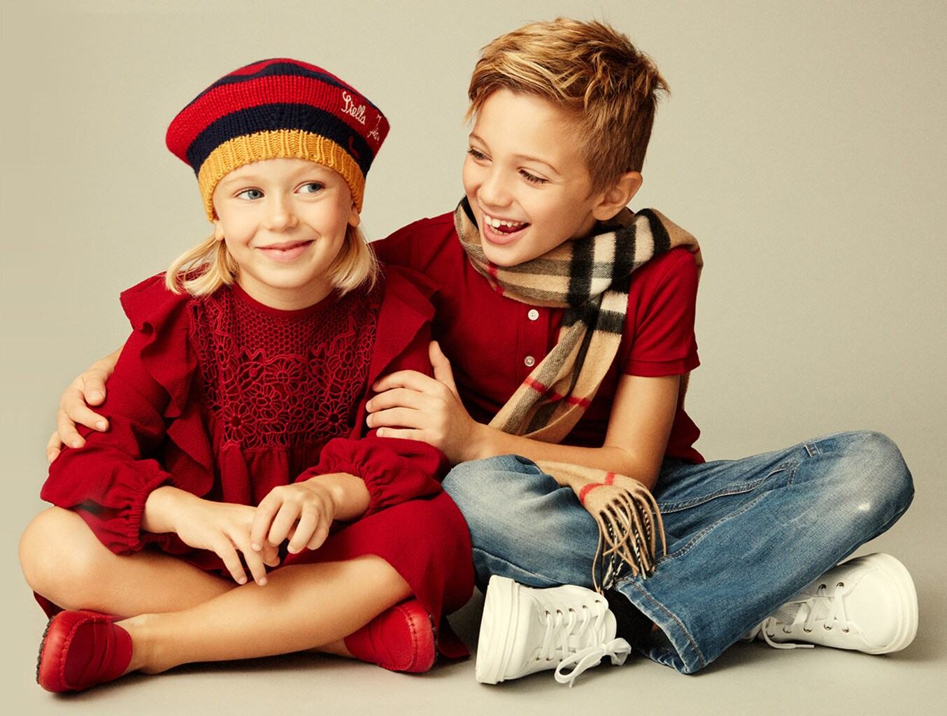 gift-guide-kids-header-tag-mobile-new@2x-1354x1024